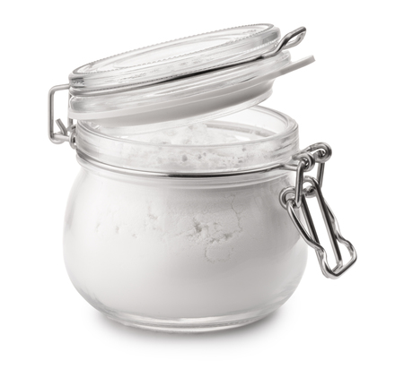 Photo pour Glass jar of corn starch isolated on white - image libre de droit