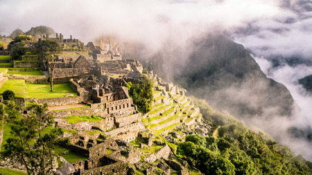 Photo pour Inca Village in the mountains Peru South America. Very much one of the main tourist attractions and points of interest in the area. - image libre de droit