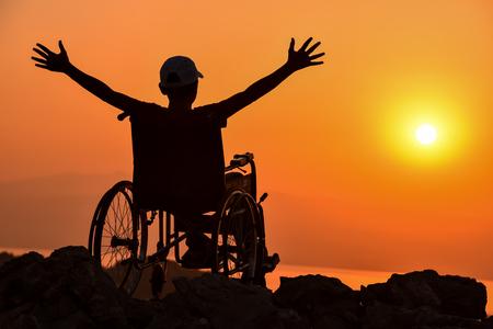 Foto de The disabled young love and sunshine - Imagen libre de derechos
