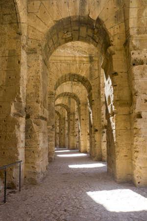 Foto per Amphitheater Ej-Djem, Tunisia, at the sun - Immagine Royalty Free