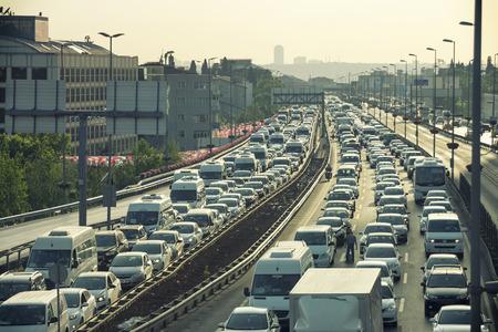 Foto de Heavy Traffic Jam At Mecidiyekoy Istanbul Turkey - Imagen libre de derechos