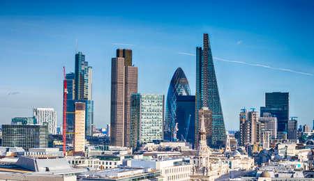 Photo pour Beautiful London skyline. - image libre de droit
