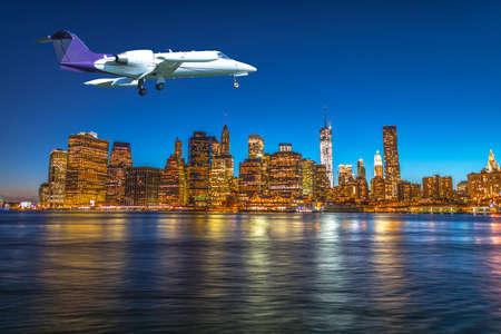 Foto de Landing in New York city. - Imagen libre de derechos