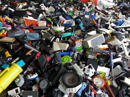 Photo pour Pile of used Electronic and Housewares Waste Division broken or damage for Reuse and Recycle - image libre de droit