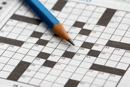 Photo pour Crossword Puzzle with pencil - image libre de droit