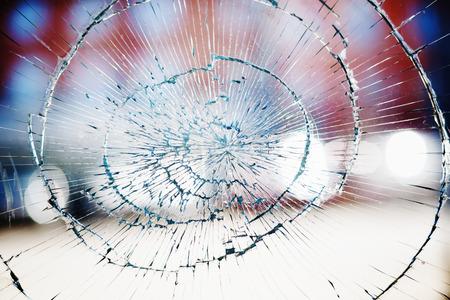 Foto de Broken window glass background - Imagen libre de derechos