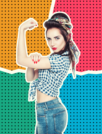 Photo pour Woman in retro pin-up style with powerful gesture We Can Do IT on halftone background - image libre de droit