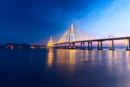 Photo pour A grand bridge, Shantou, China - image libre de droit