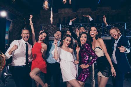 Photo pour Happy 2019 Beautiful attractive pretty glamorous gorgeous group of people - image libre de droit