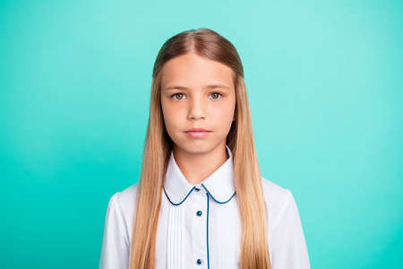 Photo pour Close-up portrait of her she nice-looking attractive lovely charming confident calm peaceful pre-teen girl isolated over bright vivid shine blue green turquoise background - image libre de droit