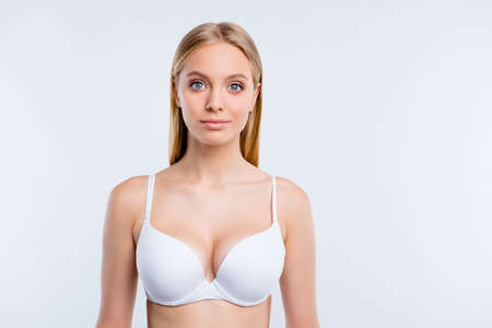 Photo pour Healthy lifestyle concept. Portrait of nice cute lovely winsome fascinating attractive blonde girl wearing bra isolated over light gray background - image libre de droit