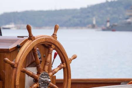 Foto de Old boat steering wheel from wood - Imagen libre de derechos