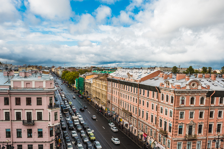 Foto de Saint Petersburg, Panoramic view to Nevsky Prospect from roof top, downtown, old town of St.Petersburg, Russia - Imagen libre de derechos