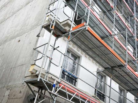 Photo pour Construction of a building with external insulation - image libre de droit