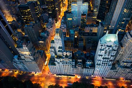 Photo pour New York city - amazing sunrise over central park and upper east side manhattan - Birds Eye  - image libre de droit