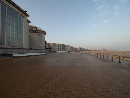 Foto de Picture of the dyke of Ostend early in the morning. - Imagen libre de derechos