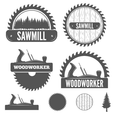 Ilustración de Set of logo, labels, badges and logotype elements for sawmill, carpentry and woodworkers - Imagen libre de derechos