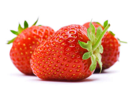Foto de Ripe strawberry isolated on a white background - Imagen libre de derechos