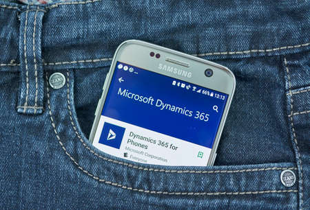 Photo pour MONTREAL, CANADA - SEPTEMBER 8, 2018: Microsoft Dynamics 365 for phones mobile. Dynamics 365 is a product line of enterprise resource planning and customer relationship management - image libre de droit