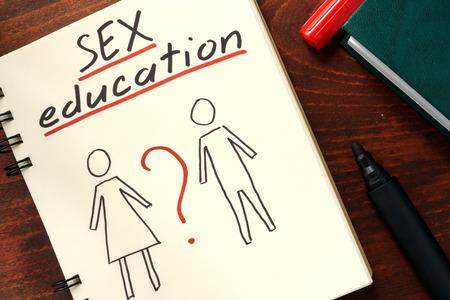 Foto de Words sex education written in the notepad. - Imagen libre de derechos