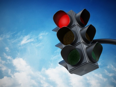 Foto per Green traffic light against blue sky. - Immagine Royalty Free