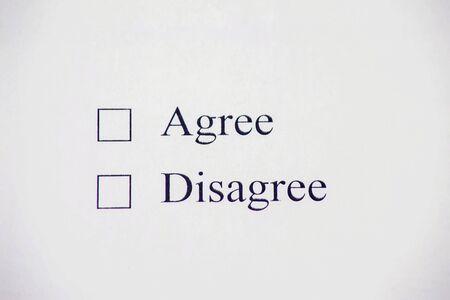 Photo pour Checklist box - Agree, Disagree. Check form concept - image libre de droit