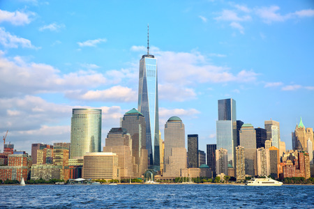 Photo pour One World Trade Center and Lower Manhattan skyscrapers, New York - image libre de droit