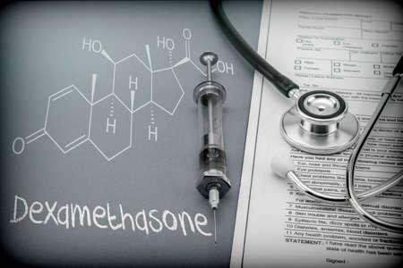 Photo pour Dexamethasone, schematic chemical, palliative care against tuberculous meningitis, conceptual image - image libre de droit