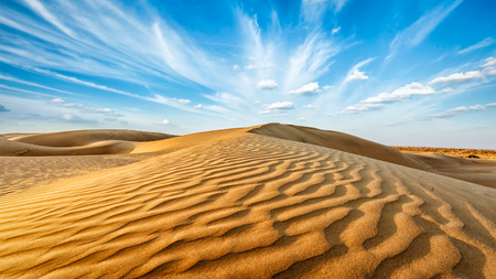 Photo pour Panorama of dunes of Thar Desert. Sam Sand dunes, Rajasthan, India - image libre de droit
