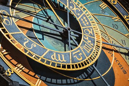 Photo pour Prague astronomical clock - image libre de droit