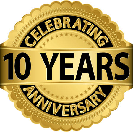 Illustration pour Celebrating 10 years anniversary golden label with ribbon, vector illustration  - image libre de droit