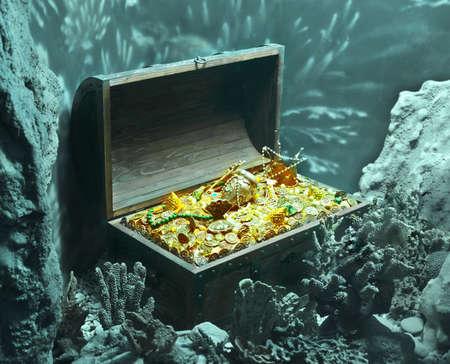 Photo pour underwater treasure - image libre de droit