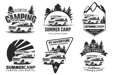 Illustration pour Set of monochrome camper van car  , emblems and badges isolated on white background. Recreational vehicle and camping design elements. - image libre de droit