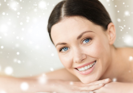 Photo pour beauty, health, people and spa concept - beautiful young woman in spa - image libre de droit