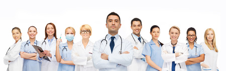 Foto de healthcare, profession, people and medicine concept - group of medics with stethoscopes - Imagen libre de derechos
