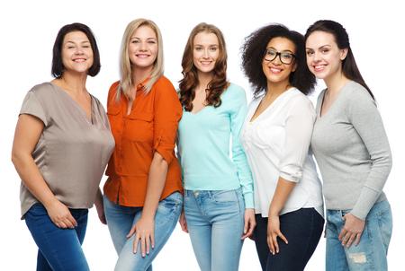 Foto de friendship, fashion, body positive, diverse and people concept - group of happy different size women in casual clothes - Imagen libre de derechos