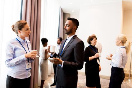 Foto de happy business team at international conference - Imagen libre de derechos