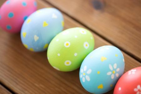 Foto de close up of colored easter eggs - Imagen libre de derechos
