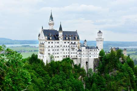 Foto de Neuschwanstein Castle near Schwangau Germany. - Imagen libre de derechos