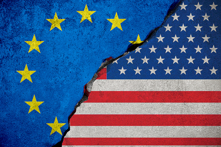 Foto de flag of the european union on broken brick wall and half usa united states of america flag, crisis president and europe for europe business customs duties on products tax export and import concept - Imagen libre de derechos