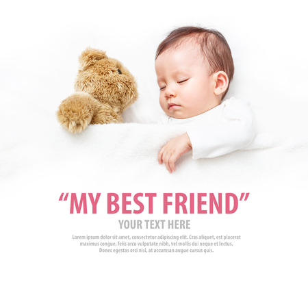 Photo pour Baby sleeping with her teddy bear, new family and love concept. - image libre de droit