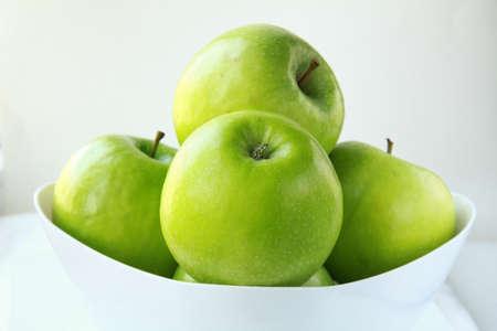 Photo pour Stylish green Granny Smith apples - image libre de droit