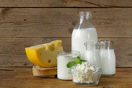Photo pour assortment of dairy products (milk, cheese, sour cream, yogurt) - image libre de droit