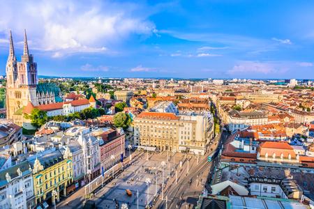 Foto de Aerial view on Zagreb downtown, capital city of Croatia, Europe. - Imagen libre de derechos