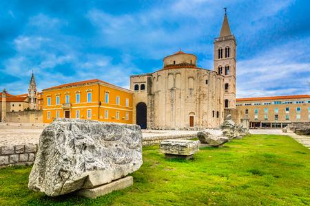 Foto per Scenic view at old roman architecture in town Zadar, Croatia. - Immagine Royalty Free