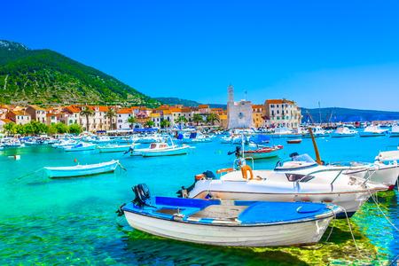 Foto de Seafront view at town Komiza in Croatia, Mediterranean. - Imagen libre de derechos