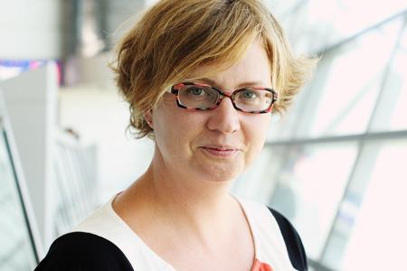 Photo pour Portrait of beautiful 35 years old woman - image libre de droit