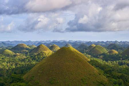 Foto de Famous Chocolate Hills view, Bohol Island, Philippines - Imagen libre de derechos