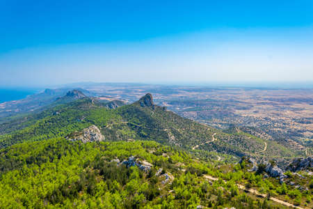 Foto de View over Karpaz peninsula in the northern Cyprus from Kantara castle - Imagen libre de derechos
