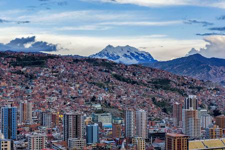 Foto de Panoramic view of La Paz, Bolivia - Imagen libre de derechos